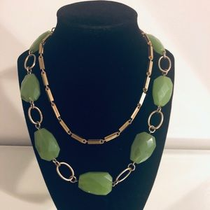 Jewelry - Emarald Green & Gold Necklace